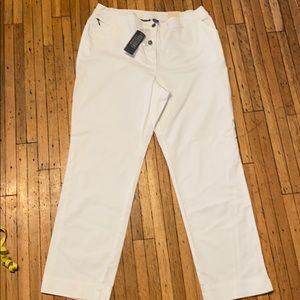 Chico's slim leg short white jean pants. New!